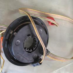 Лентов кабел 1704600109 Мерцедес е Клас Mercedes E Klas W210 W208