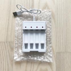 Комбинирано USB зарядно за батерии тип АА и ААА