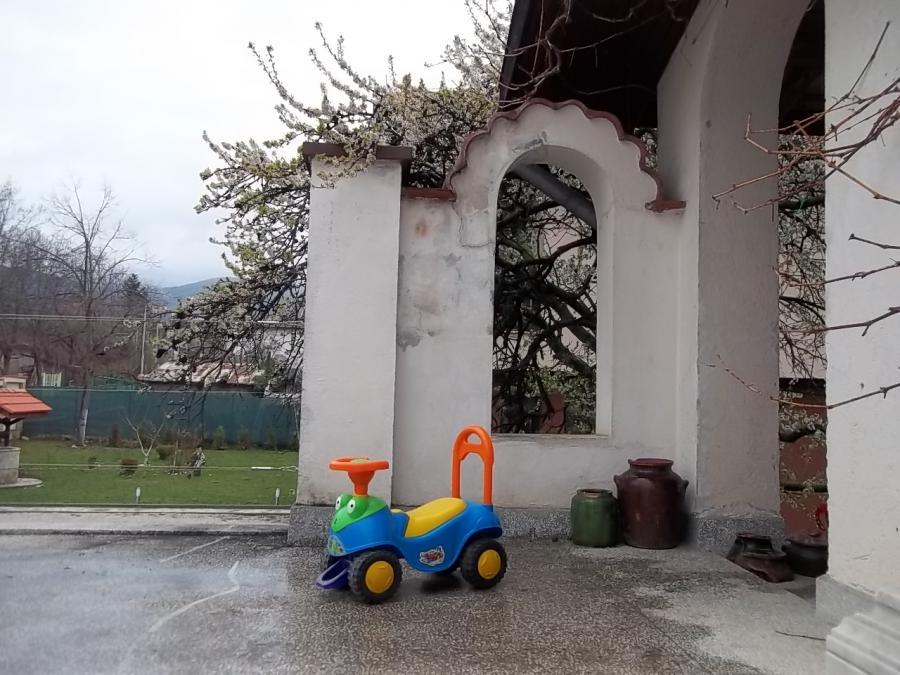Рядък модел детска количка кола за бутане и яздене