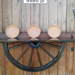 Рафт-етажерка от колело на каруца