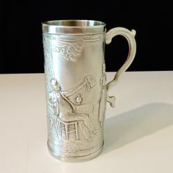 Чаша, бокал от калай с картина Нито една капка в чашата