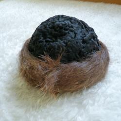 Шапка от астраган и нутрия естествен косъм