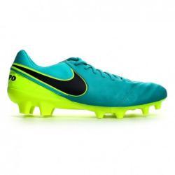 Ликвидация  Мъжки спортни обувки за футбол калеври Nike Tiempo Зелено