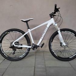 Продавам колела внос от Германия алуминиев мтв велосипед R Specialized
