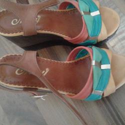 Дамски обувки и сандали - естествена кожа