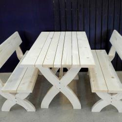 Баварски маси, пейки и столове за заведения по поръчка