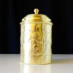 Старинна месингова чаша с капак, посребрена, маркирана.