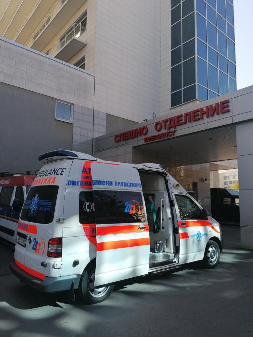 Специализиран медицински транспорт с частна линейка - Реанимобил