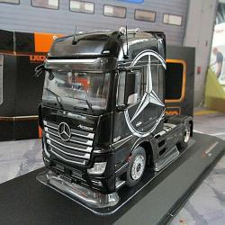 Умален модел на Mercedes-benz Actros, в мащаб 1 43