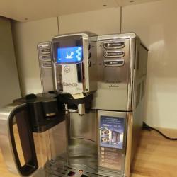 Автоматична еспресо машина Philips Saeco Incanto Hd8917 09 сканичка за