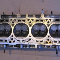 Цилиндрова глава 7799878 за Фиат Браво 1,6 Fiat Bravo 1,6 16v