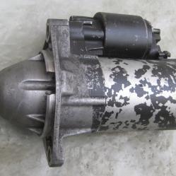 Стартер 10005821700 Bosch Опел Омега Б 2,0 94 99г Opel Omega B 2,0 16v