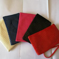 Нови козметични чантички портмоне