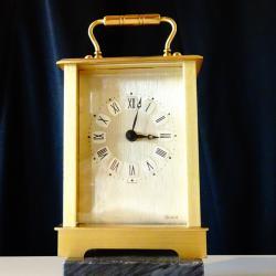 Настолен месингов часовник, Западна Германия.