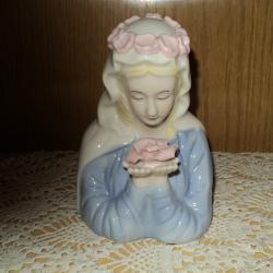 Порцеланови фигури  -  Дева с роза  -  петел  -  обувка