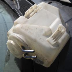 Казанче течност за чистачки Мерцедес е Клас Mercedes E Klass W210