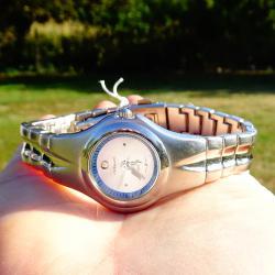Excellanc японски ръчен часовник, антиалергична верижка.