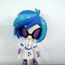 Mини кyклa DJ Pon-3 от cepиятa нa Hasbro - My Little Pony Equest