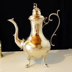 Старинна английска кана, чайник никелово сребро.