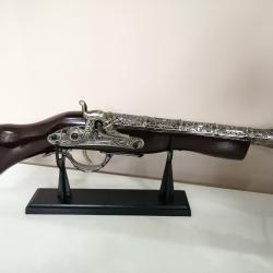 Сувенир пистолет