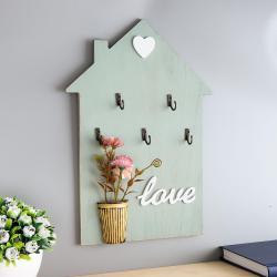 2450 Декоративна закачалка за ключове с декорация и надпис Love