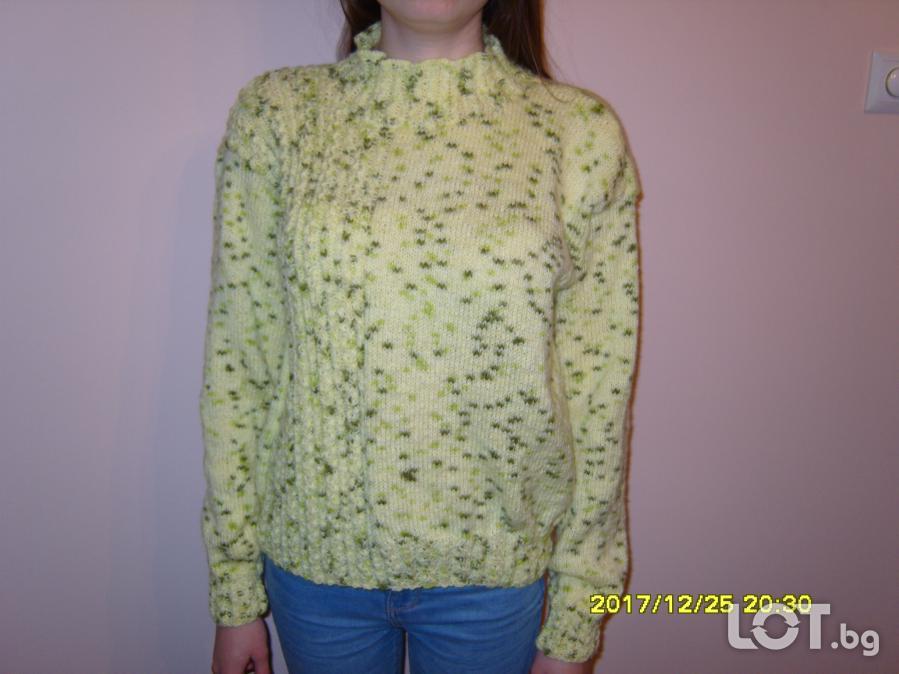Ръчно плетена дамска блуза