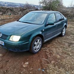 Volkswagen Bora, 2001г., 183000 км, 111 лв.